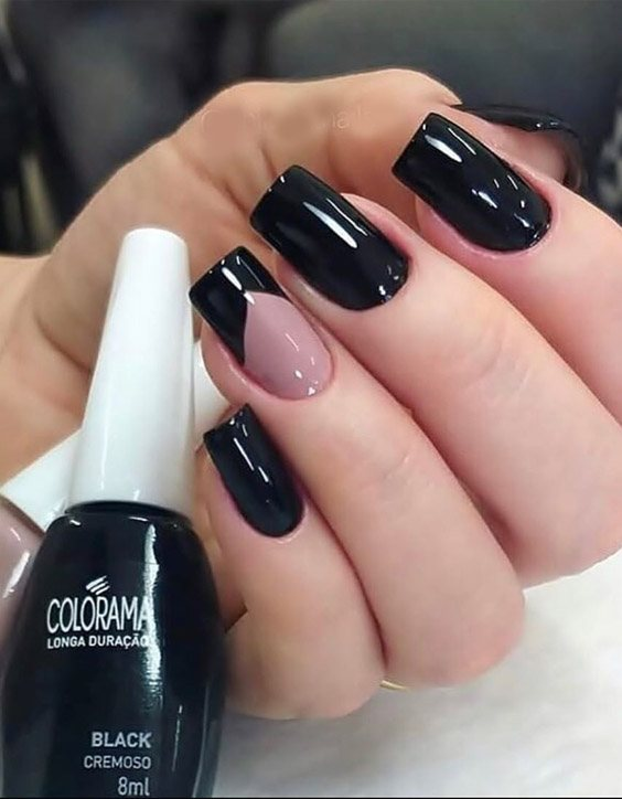 Wonderful Look of Black Nails for 2020 Girls