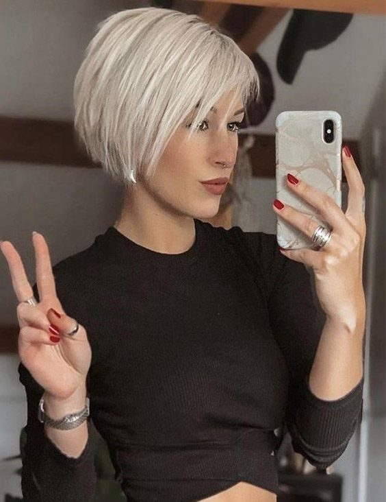 Charming Style of Short Haircuts & Image to Copy Now