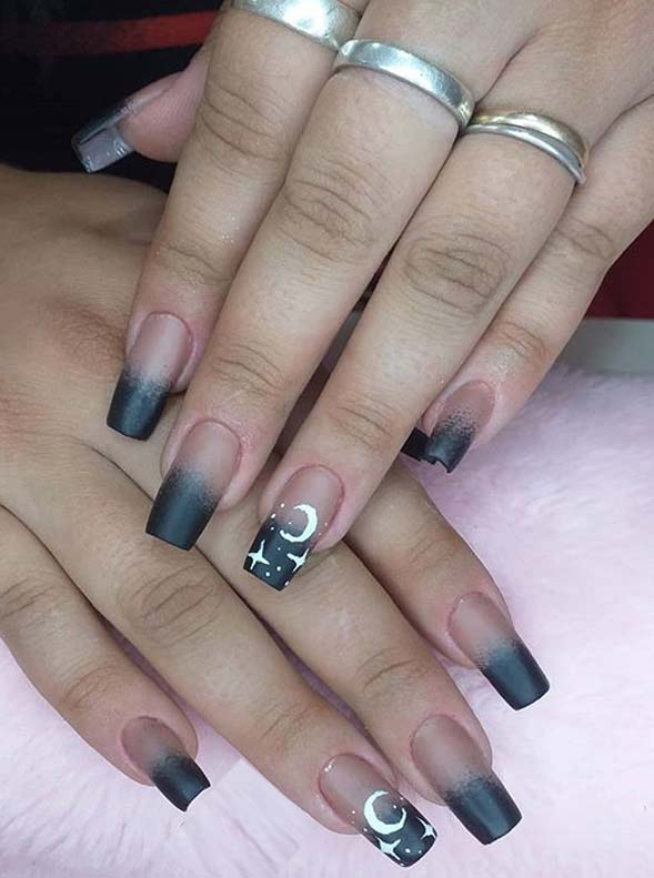 Beautiful Colorful Nails Designs for Ladies to Sport in 2020