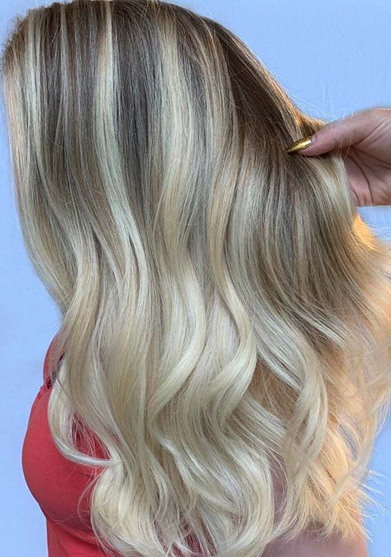 Fresh Blonde Hair Colors for Long Locks You Must Wear Nowadays