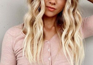 Beautiful bright beach blonde Hair Styles Ideas