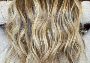 Gorgeous Honey Balayage Hair Color Ideas to Follow