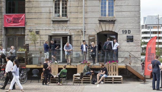 Founders House fusionerer med norske Mesh og bliver ledende i Norden