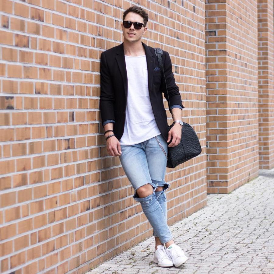 how_to_wear_ripped_jeans