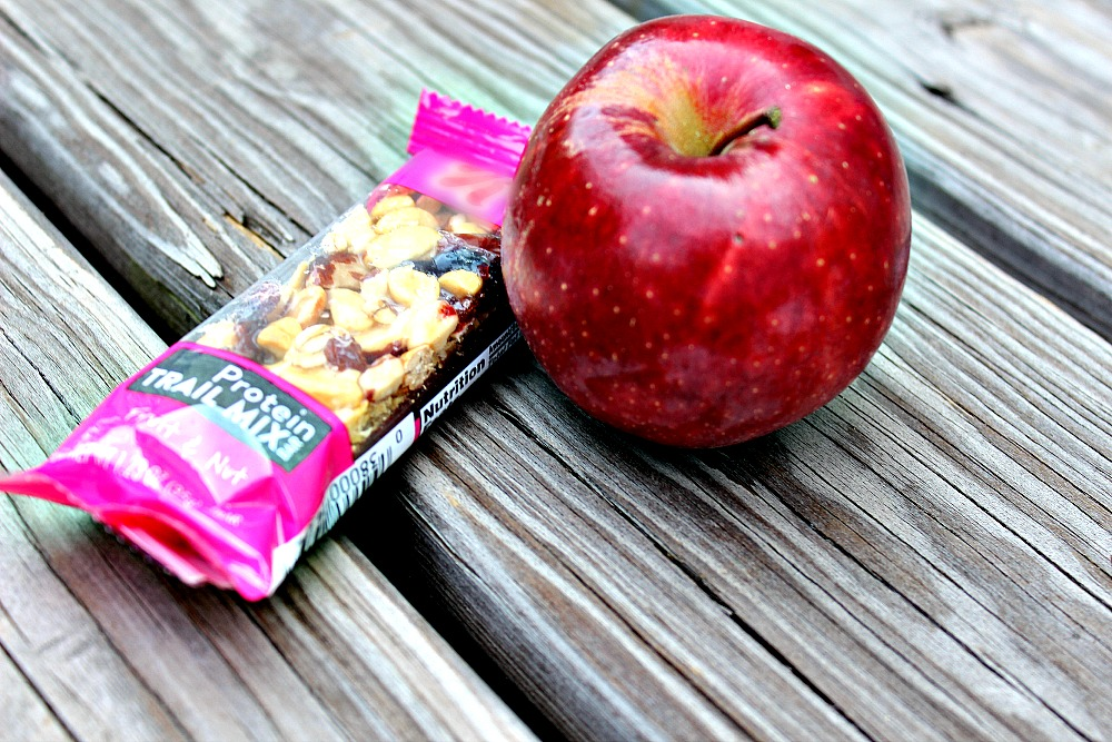 Fruit and snack bar