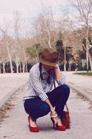 Look outfit Carmen Marta blog de moda lifestyle trendytwo trendy two gemelas alimentación vida sana sombrero 1