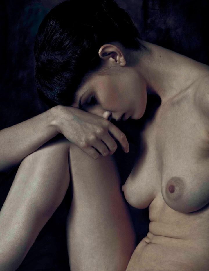 Folded Nude I (Kayt), James Hall