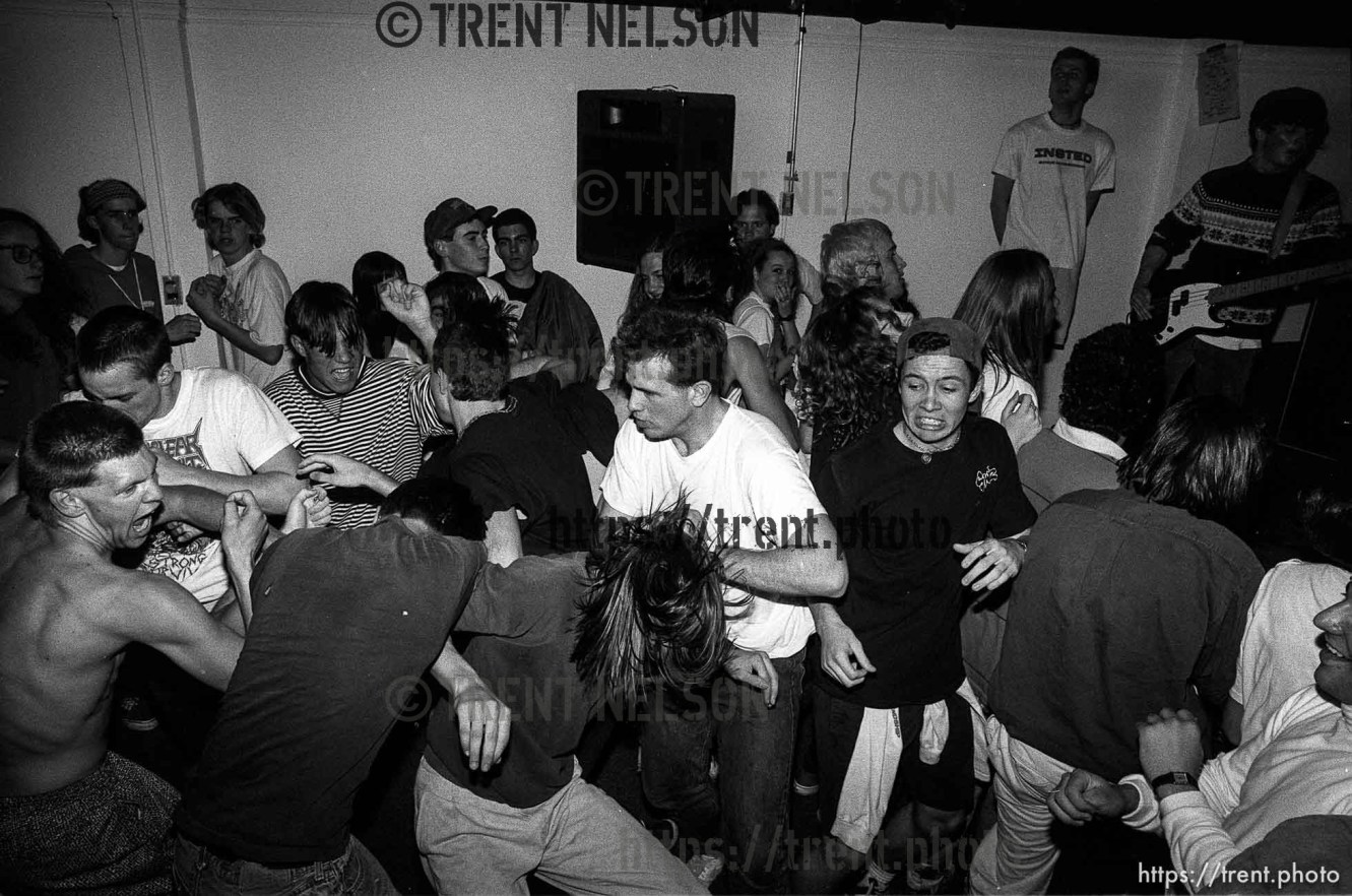 Jef Barber and other slamdancers at The Stench at Reptile Records.