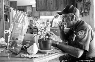 Eureka Police Chief Fullmer eats lunch