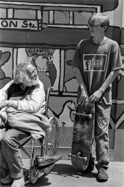 Anthony Quayle with homeless man
