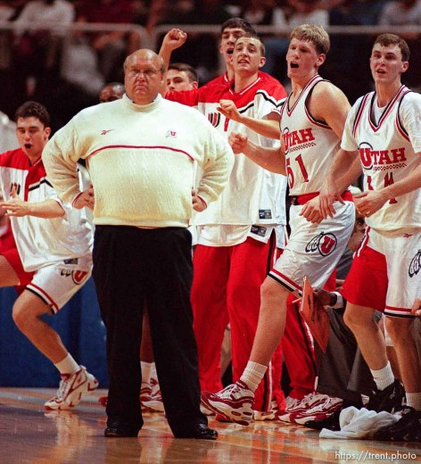 Coach Rick Majerus and excited team at Utah vs Stanford, NCAA Tournament.
