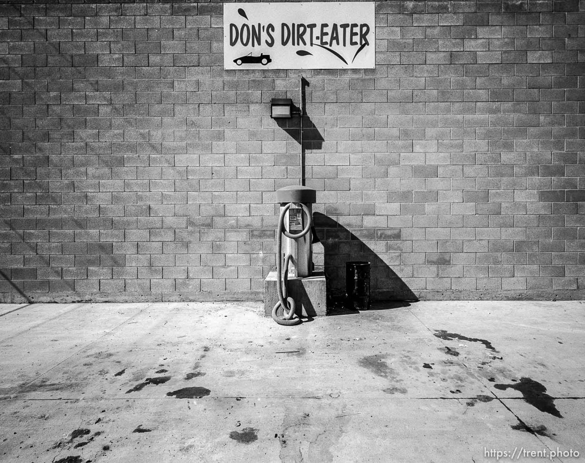 Don's Dirt-Eater