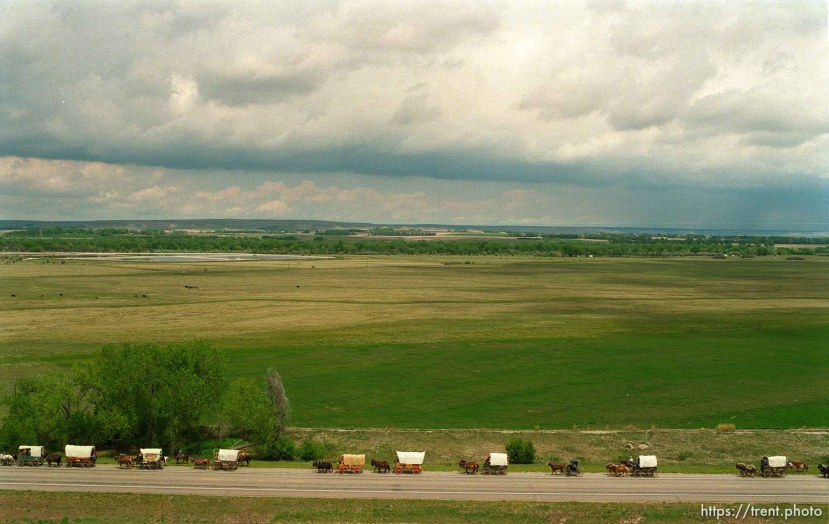 Mormon Trail Wagon Train from the top of a grain elevator at Jack's Bean Company.