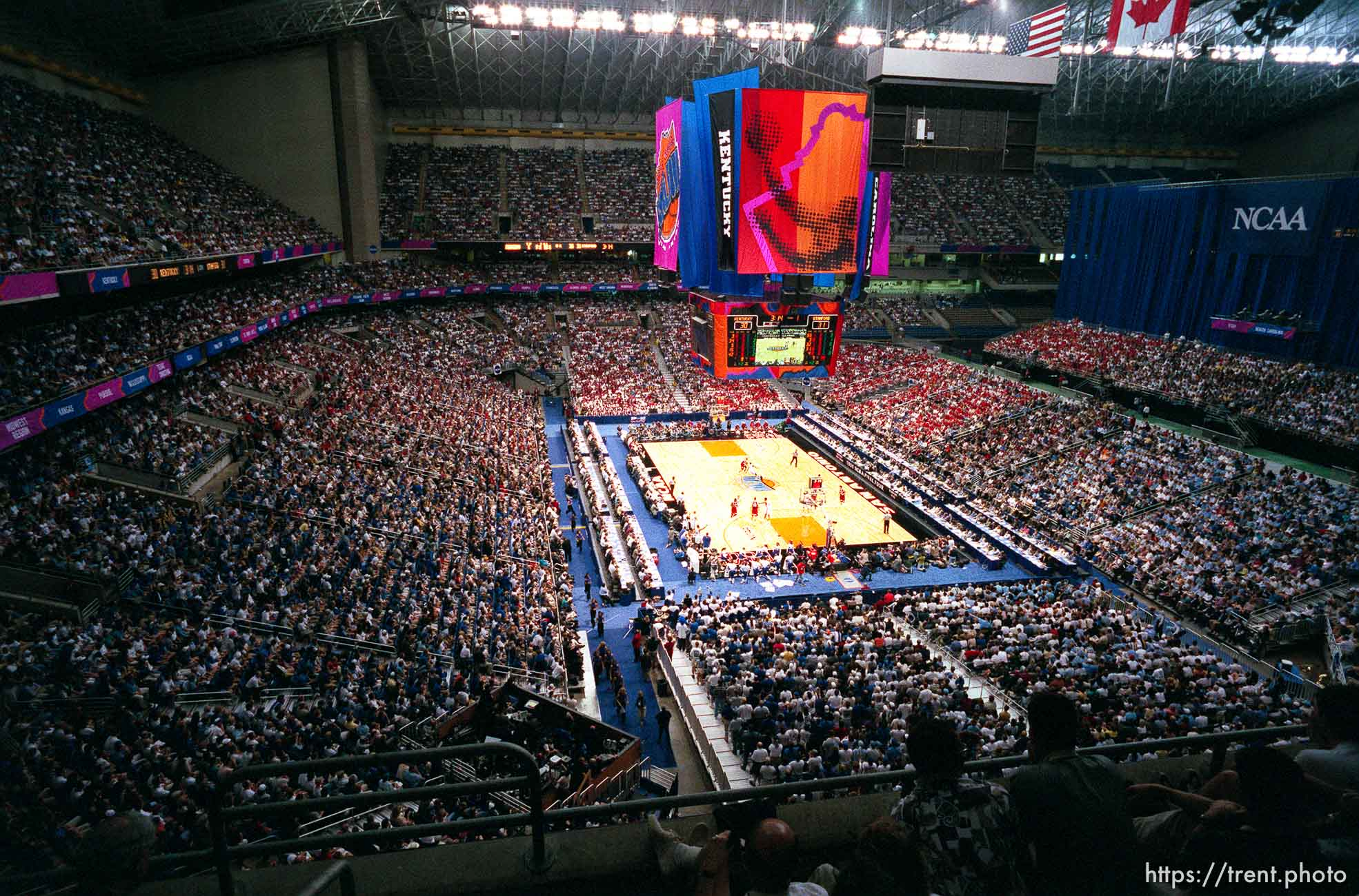 Overall of the Alamodome at the Final Four.