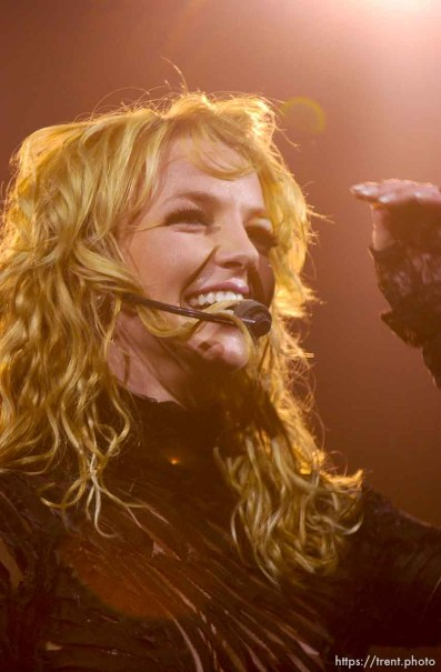 Britney Spears performs at the Delta Center. 11/13/2001, 9:20:43 PM