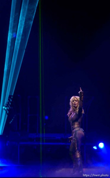 Britney Spears performs at the Delta Center. 11/13/2001, 9:22:53 PM