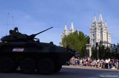 Days of '47 Parade. 07.24.2002, 11:06:25 AM