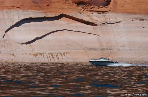 Landmarks which had previously been submerged in Glen Canyon are now becoming visible with the lower water levels in Lake Powell. 05.10.2003, 2:44:35 PM
