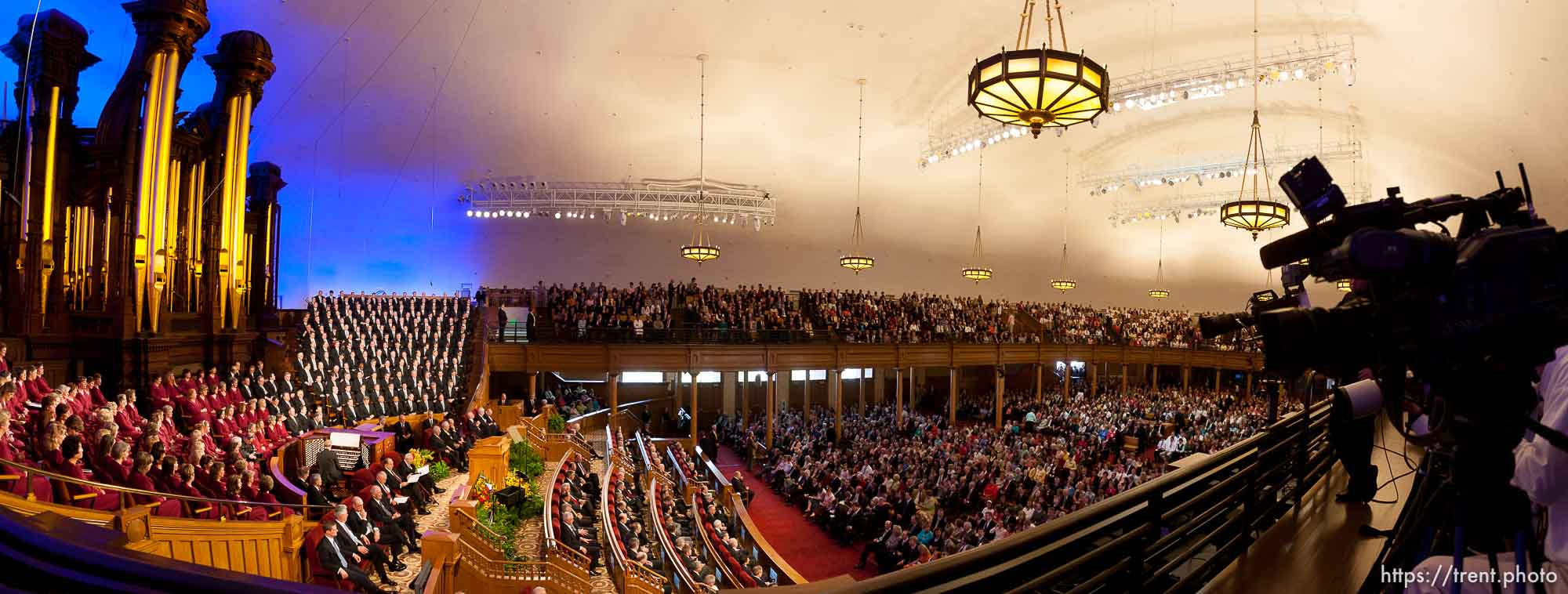 LDS General Conference, and re-dedication of the historic tabernacle building after a renovation.