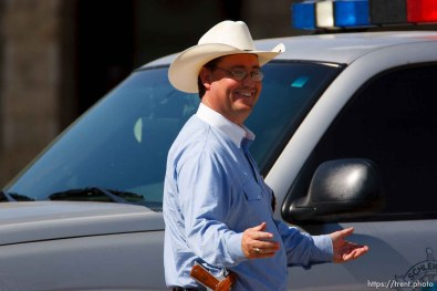 Eldorado - at the Schleicher County Courthouse Tuesday, July 22, 2008, where a grand jury met to hear evidence of possible crimes involving FLDS church members from the YFZ ranch. sheriff david doran