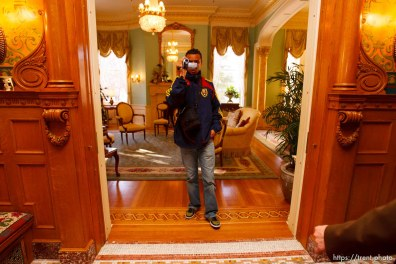 Rachid El Khalifi takes an impromptu video tour of the Governor's Mansion after a luncheon Tuesday, November 24 2009.