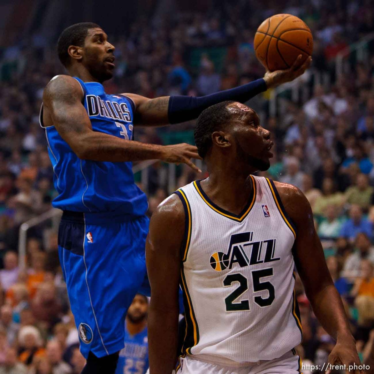 Trent Nelson | The Salt Lake Tribune Dallas's O.J. Mayo shoots over Utah Jazz center/forward Al Jefferson (25) as the Utah Jazz host the Dallas Mavericks, NBA basketball, Wednesday October 31, 2012 at EnergySolutions Arena in Salt Lake City, Utah.