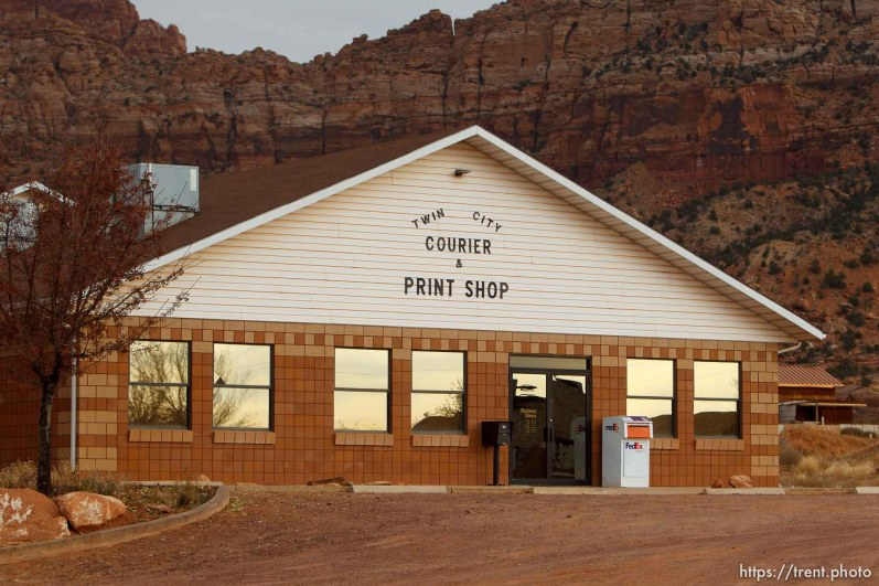 twin city courier and print shop. Friday November 30, 2012.