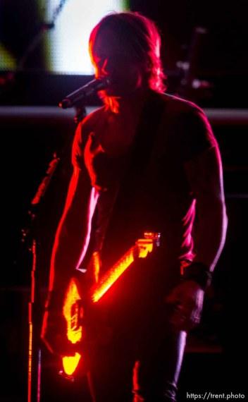 Trent Nelson   The Salt Lake Tribune Keith Urban performs at USANA Amphitheatre, Saturday August 30, 2014.
