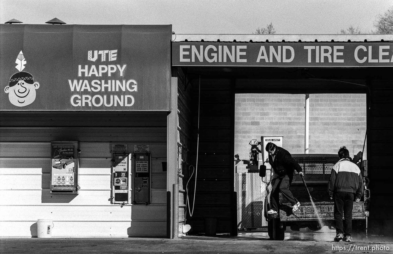 Ute Happy Washing Ground car wash.