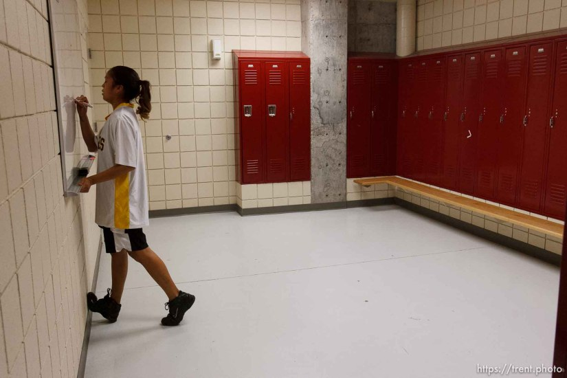 Whitehorse high school girls basketball vs. Meridian, playoffs. 2.15.2006