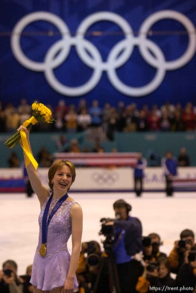 Sarah Hughes, gold medal winner. Ladies Free Skating competition, Thursday evening at the Salt Lake Ice Center, 2002 Olympic Winter Games.; 02.21.2002, 10:00:12 PM
