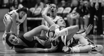 Taylorsville - Springville's Jessica Jensen (10, left) and Springville's Lexi Eaton (5) and Mountain View's Anjie Lines (30, rear) in a scramble. Mountain View vs. Springville High School girls basketball, 4A State Championship game Saturday February 28, 2009 at Salt Lake Community College.