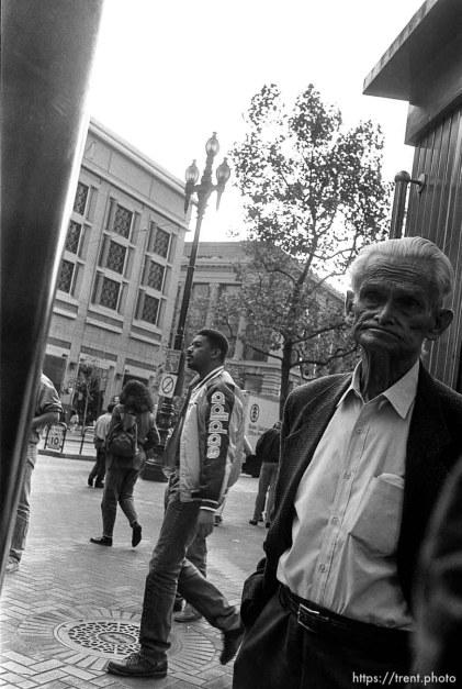 Old man. Leica hip shots on the street.
