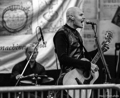 The Smashing Pumpkins performed a short set in front of approximately 150 fans at Tom Tom Music, a record store in Sandy. photo by Trent Nelson; 02/03/2000