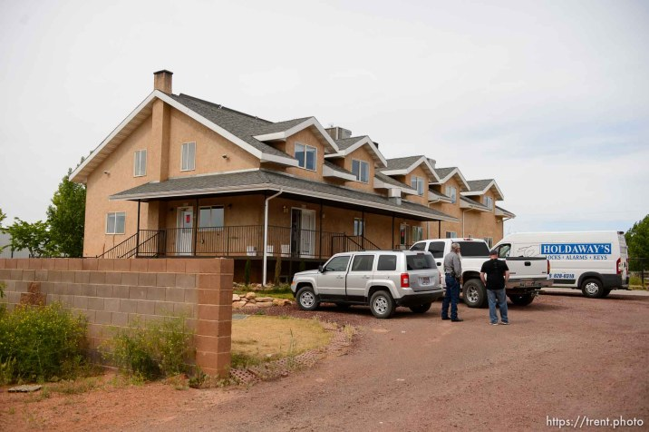 Trent Nelson   The Salt Lake Tribune The eviction of an empty home in Hildale, Tuesday May 9, 2017. Mohave County Constable Mike Hoggard, Ted Barlow.