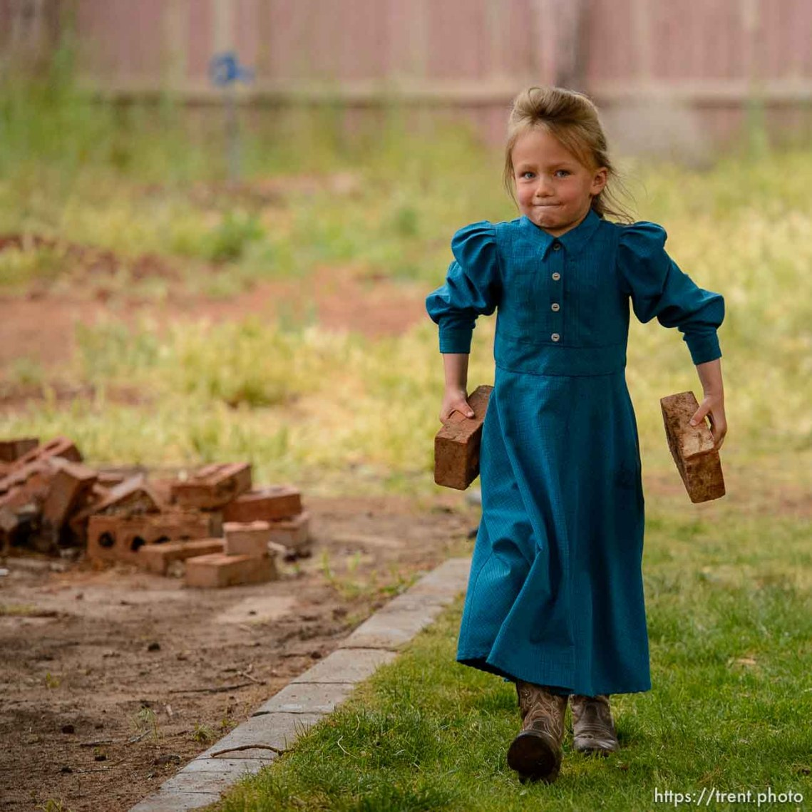 Trent Nelson | The Salt Lake Tribune FLDS women and children as they are evicted from their Colorado City, AZ, home, Tuesday May 9, 2017.