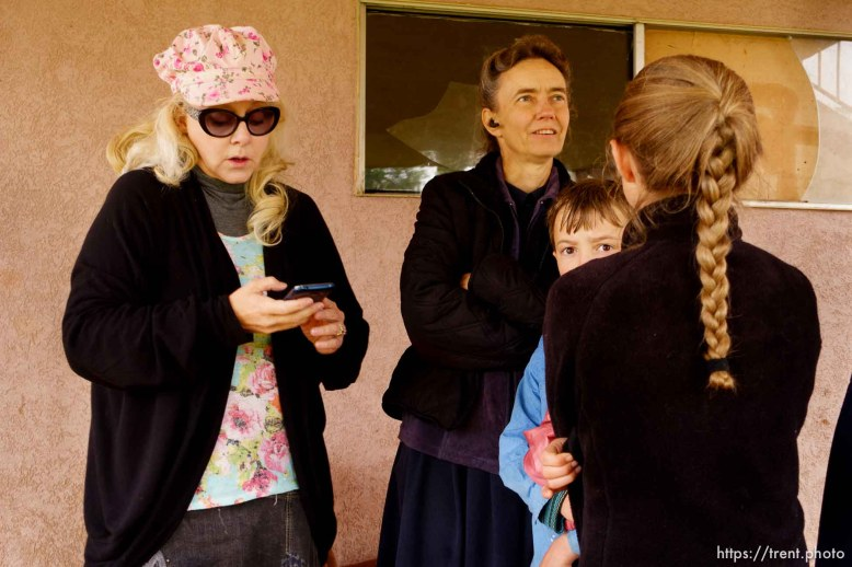 Trent Nelson   The Salt Lake Tribune UEP eviction of property at 555 N Lauritzen Ave, Colorado City, AZ, Wednesday May 10, 2017. Christine Marie Katas helps FLDS single mother Liz look for an apartment. Liz's children Joseph and Mary Anne. The FLDS choose to not use the Internet, but will use information that others are able to look up.