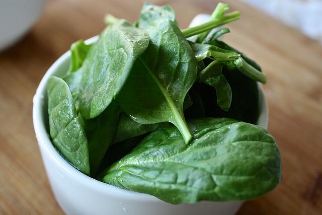 spinach 1427360 640 - Toxoplasmosis y embarazo. Qué se puede comer?