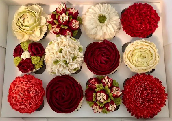 Red Rose Flower Cupcakes