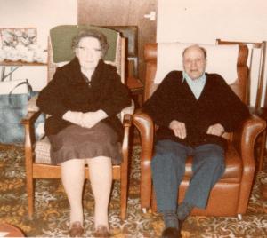 Write easy-read sentences your gran understands
