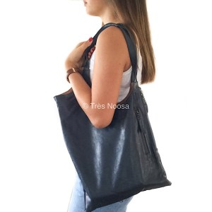 Genuine leather goat leather shoulder or handbag