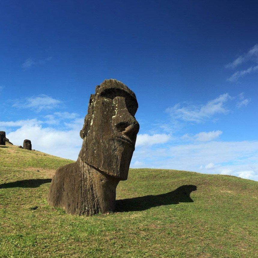 moai-blue-e14528943233042