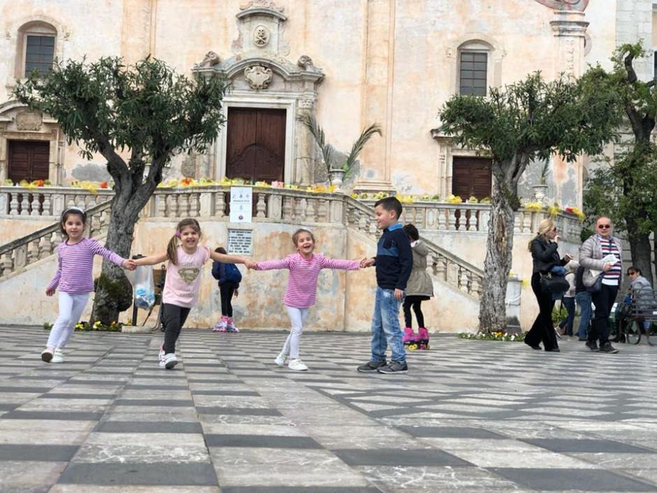 Taormina, sicilia, viaggio on the road con bambini, trevaligie