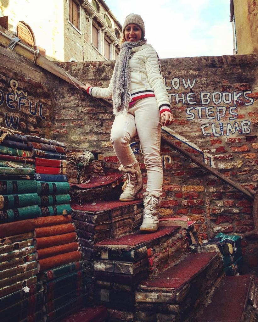 visitare venezia, Italia,Libreria acqua alta, viaggio on the road con bambini, trevaligie