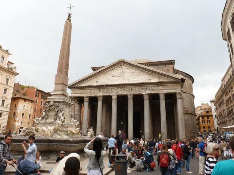 Vedere Roma a piedi in un giorno, viaggio con un amica, trevaligie