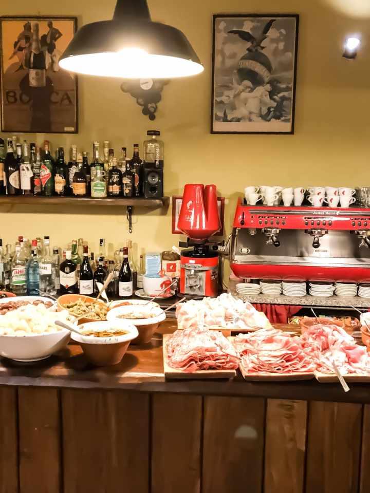 Umbria, Giorgione orto e cucina, Ristorante la via di mezzo, trevaligie.
