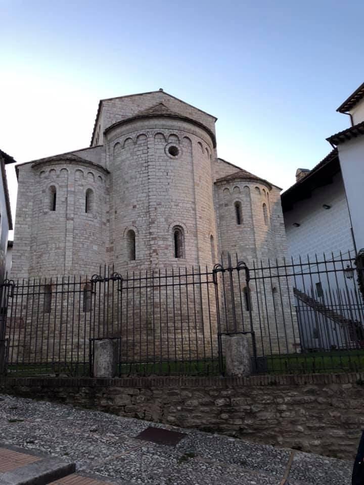 Spoleto, umbria on the road, trevaligie