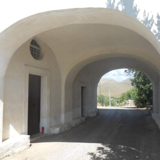 La cappella della Madonna del Colle a Gaeta, nella zona rurale.