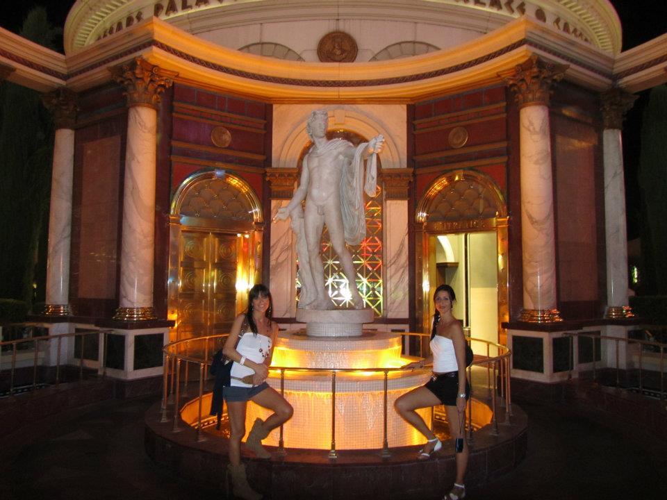 Tra le cose gratuite da fare a Las Vegas c'è il tour degli Hotel, che sono delle vere e proprie città nella città.