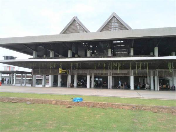 バニュワギの空港